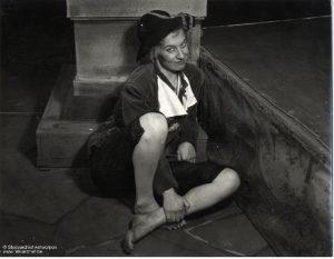 KNS-NT 1950: Tine Balder als Trijntje Cornelis (Constantijn Huygens), regie Fred Engelen. © KNS-Archief in FelixArchief, Stad Antwerpen, nr. 5716jpg (Foto Reusens)